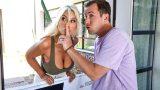 Evli Adam Porno Starıyla Sikişirken Karısı Tarafından Basıldı
