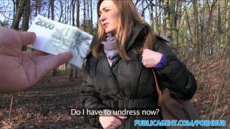Evli Hatuna Parayı Gösterince Ormanda Amcığı Yağmaladı