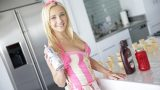 Kontrolden Çıkan Şeker Kız Adeta Kaos Yaratıyor